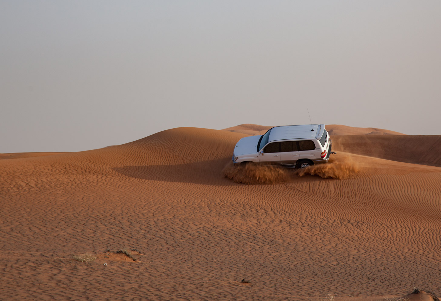 Met de 4x4 aan 'dune bashing' doen in de woestijn van Dubai